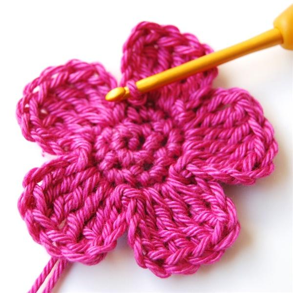 Crochet Flowers For Beginners Pattern Flowers Ideas