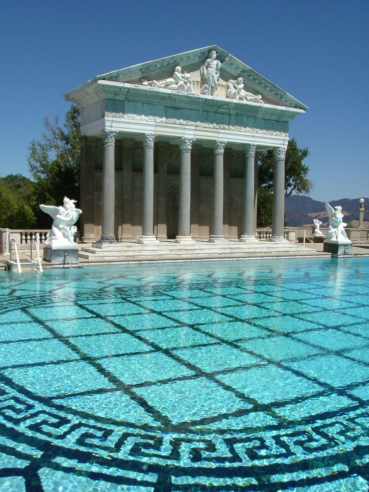 Top 10 most spectacular swimming pools top inspired for Top ten swimming pools