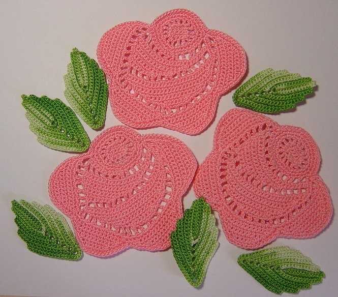 Crochet Rose Pattern : Top 10 Crochet Flower Patterns - Top Inspired