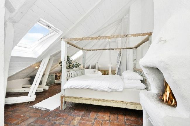 Top 10 Most Romantic Bedrooms