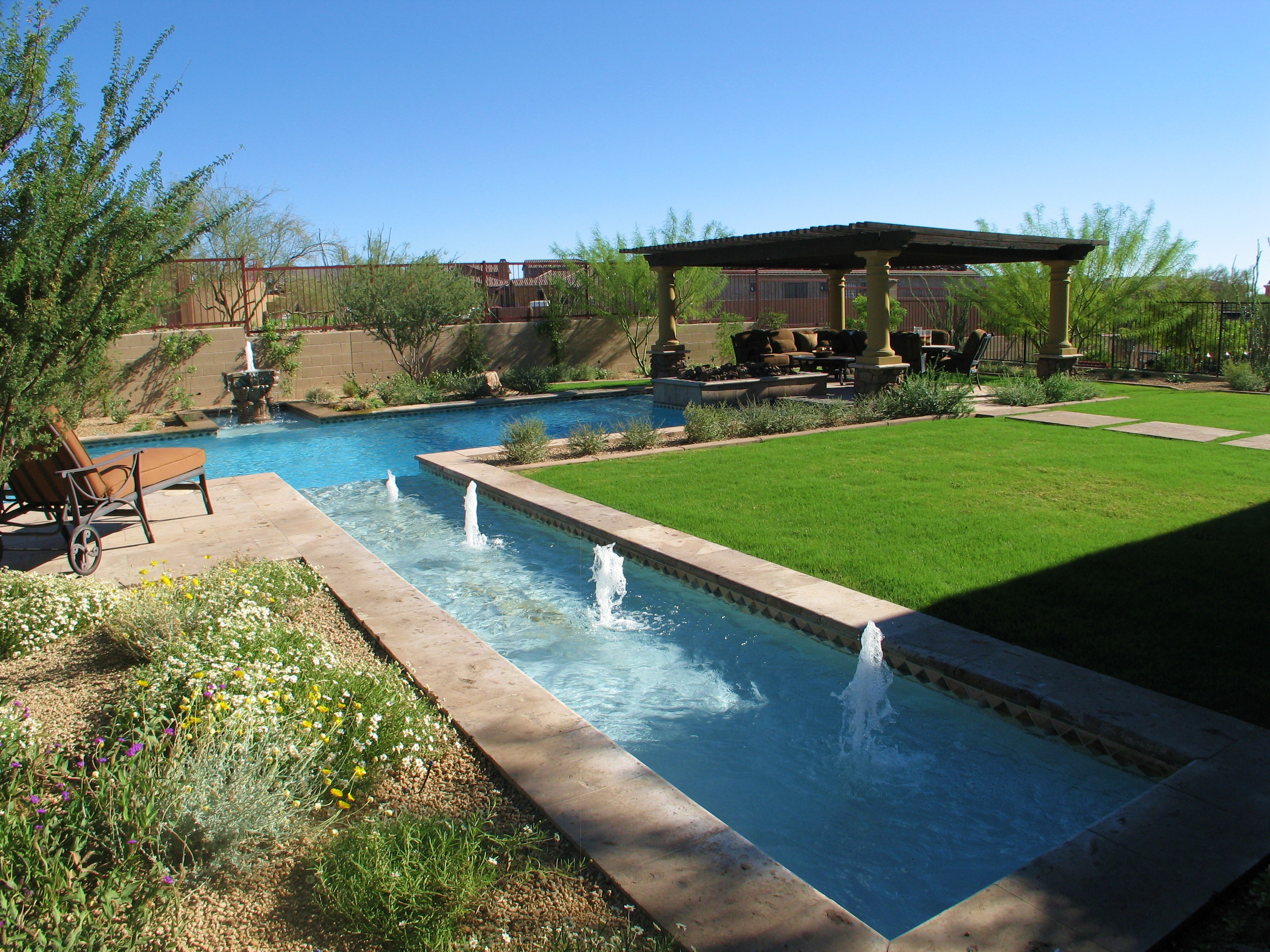 Top 10 Beautiful Backyard Designs