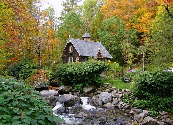 Cottage-by-the-Stream