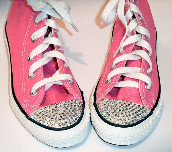 DIY-Pink-Swarovski-Crystal-Converse-shoes