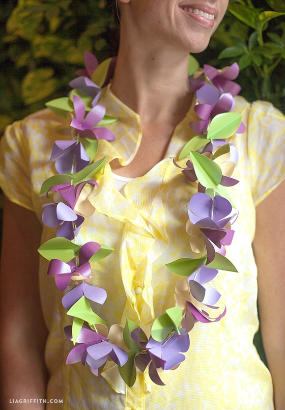 DIY_Paper_Flower_Lei