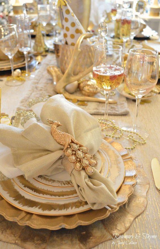 gold-tablescape