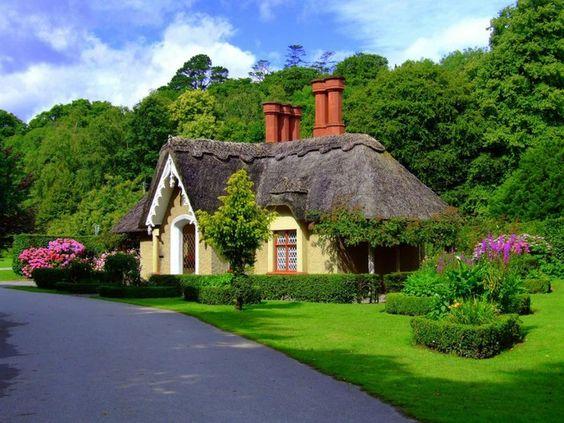 ireland-cottage-
