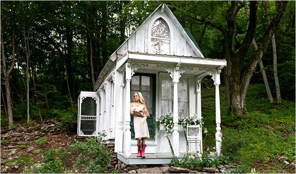 victorian-cottage-