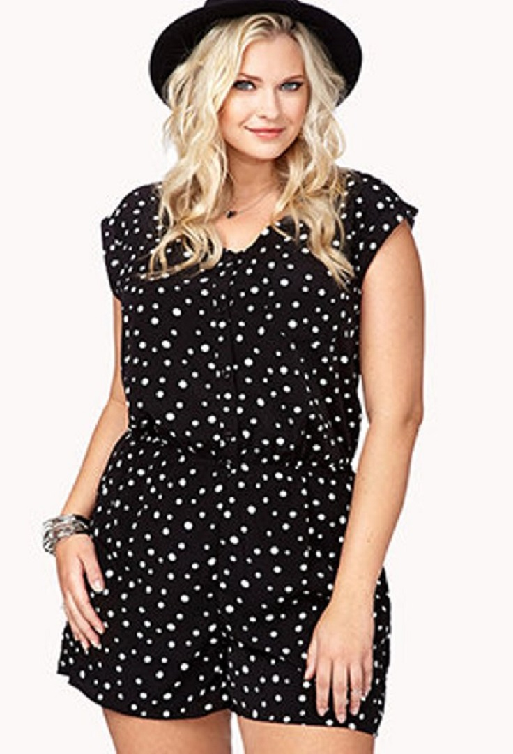 black-dresses-for-plus-sized-women_07