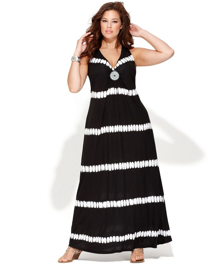 Top 10 Black Dresses for Plus Sized Women - Top Inspired