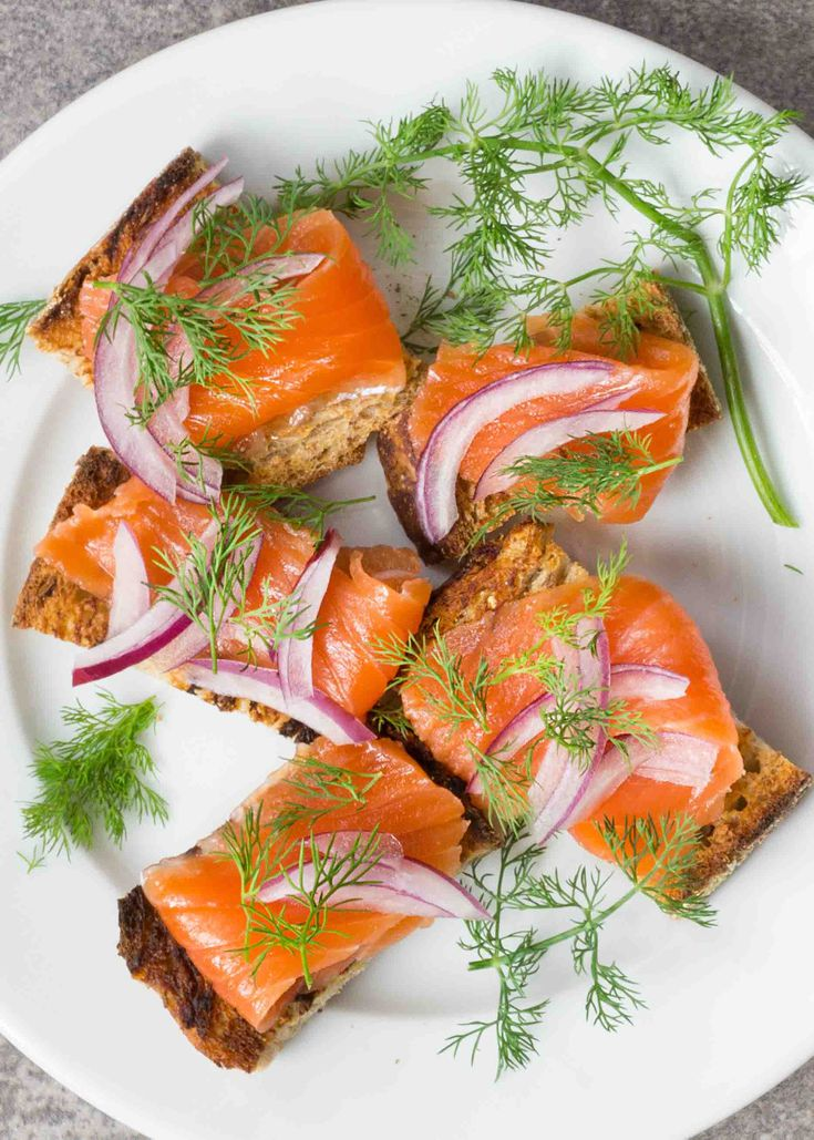 salmon-gravlax-