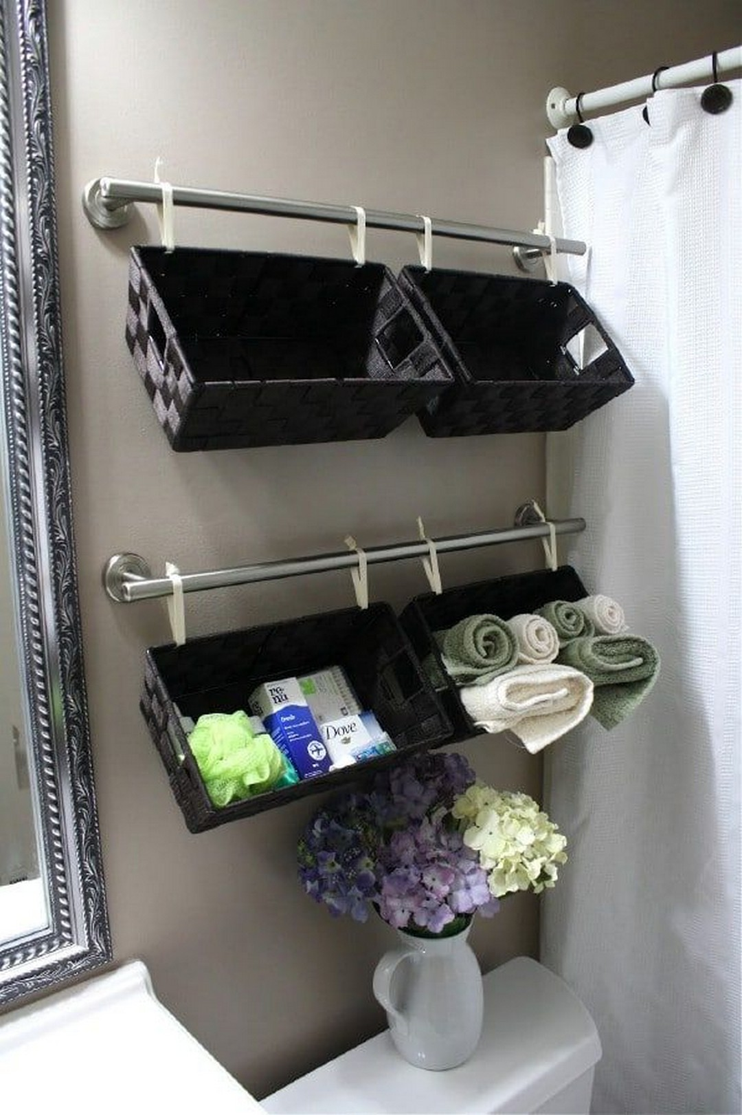 30-small-Bathroom-Storage-Ideas-and-Wall-Storage-Solutions-7