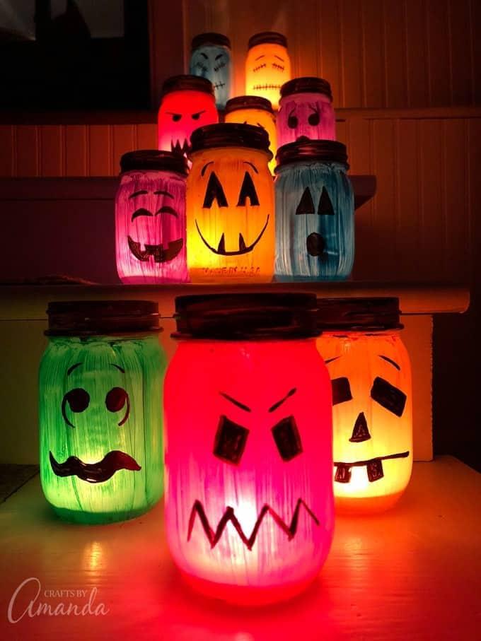 halloween-painted-jar-luminaries-