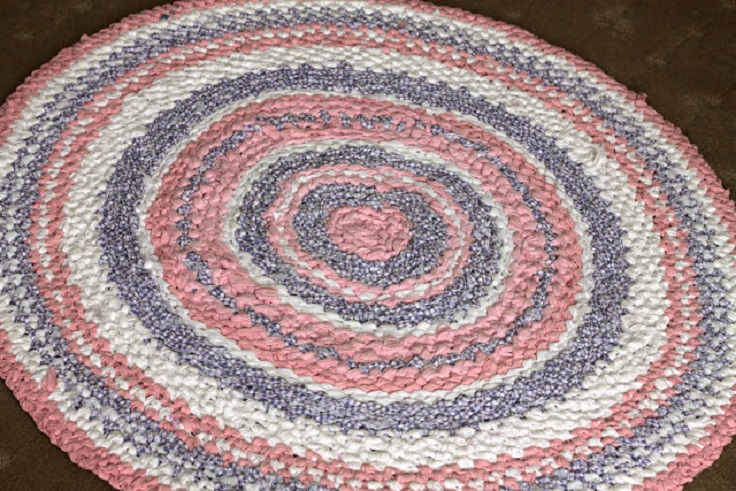 Top 10 DIY Crochet Rugs