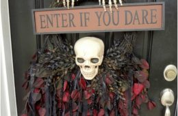 Top 10 DIY Scary Halloween Wreaths | Top Inspired