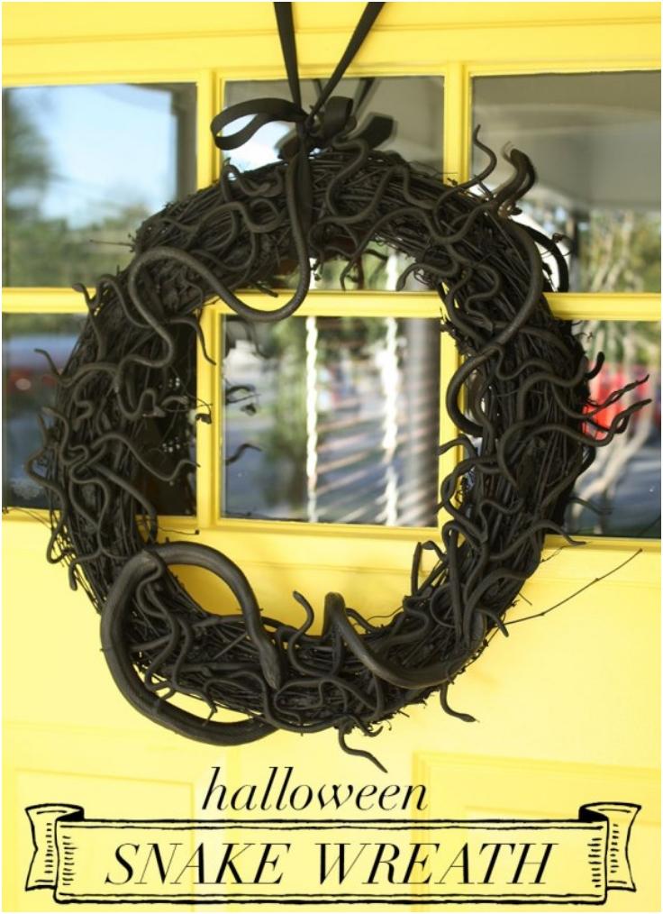 Top 10 DIY Scary Halloween Wreaths