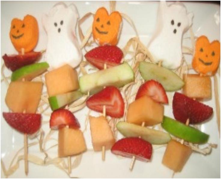Healthy-Halloween-Fruit-Kabobs
