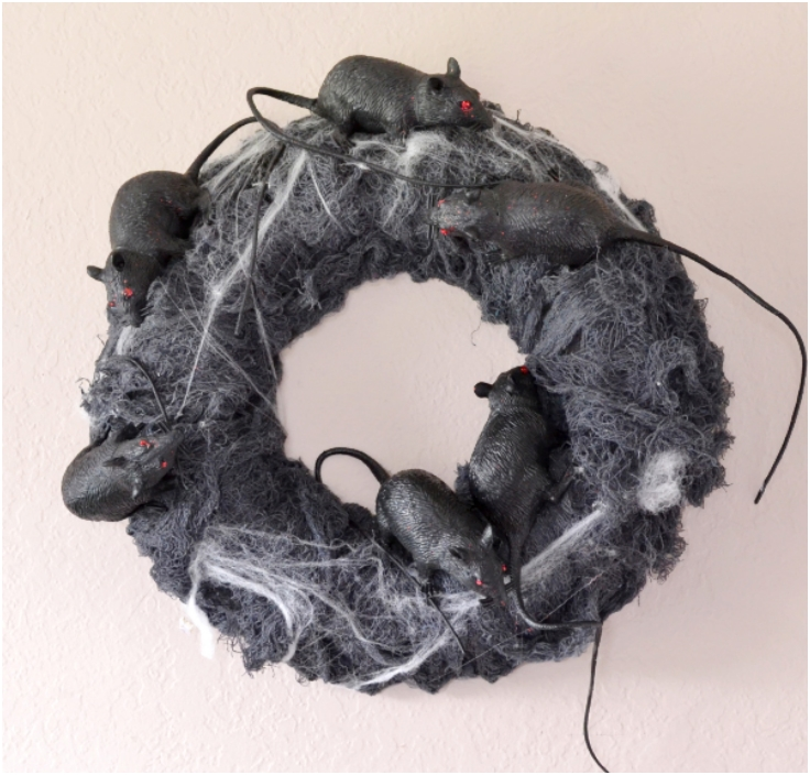 Rats-Nest-Halloween-Wreath