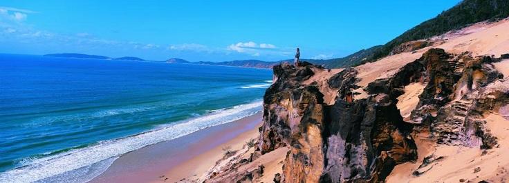 SetSize960347-Carlo-Sand-Blow-Rainbow-Beach-Australia