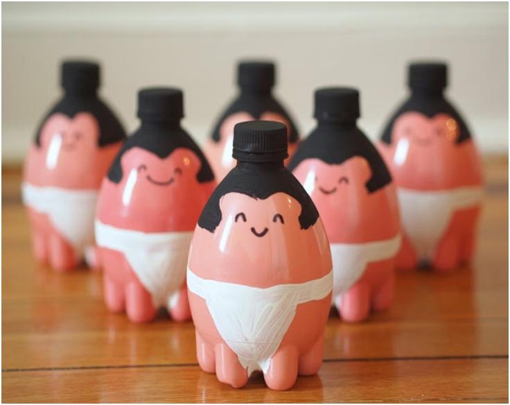 Sumo-wrestler-plastic-bottle-bowling-pins