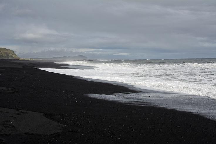 Vik-Beach-1
