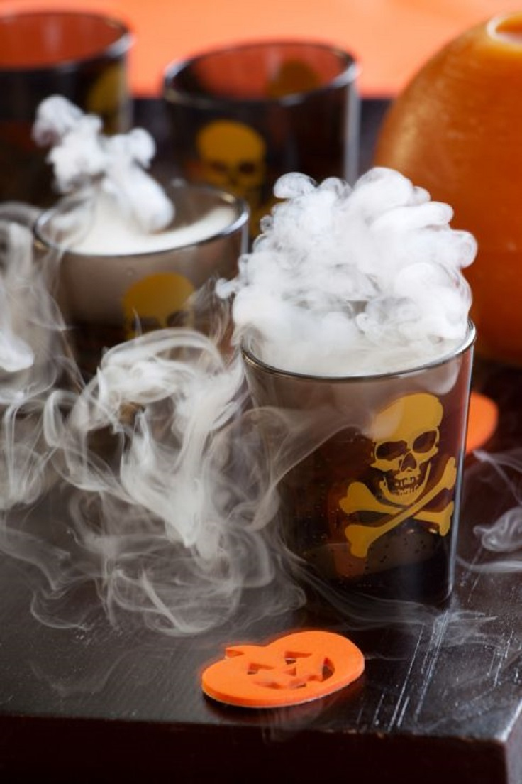 Top 10 alcoholic halloween cocktails top inspired for Great vodka mixed drinks