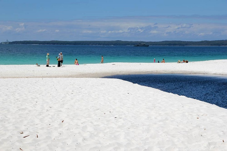 jervis-bay-whitest-sand-blue-water