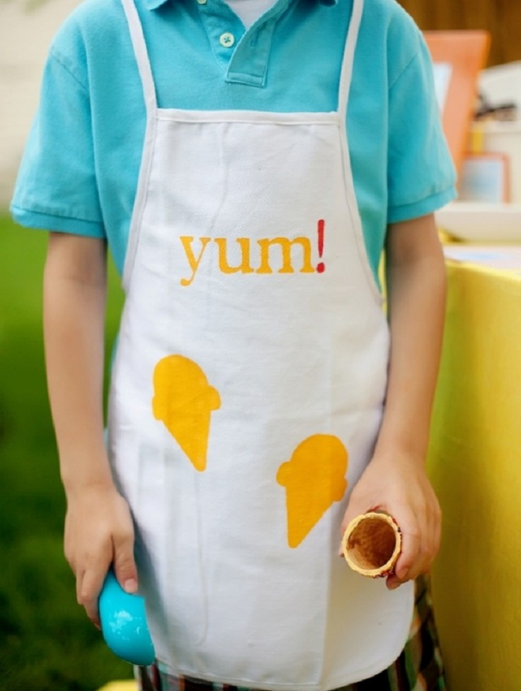 Top 10 Adorable DIY Aprons - #DIY #Aprons