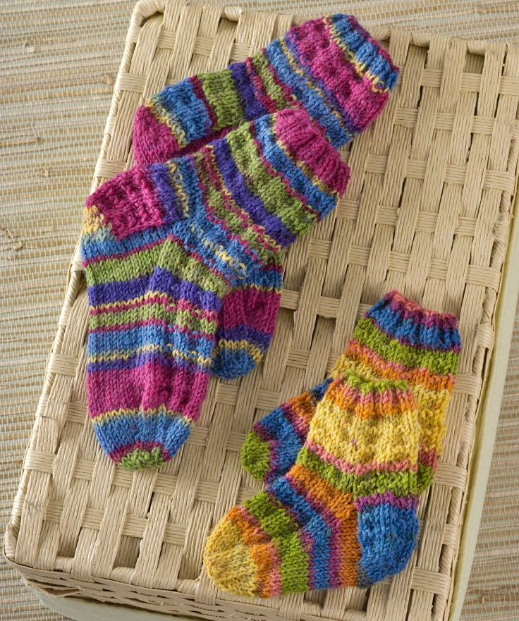 Socks Knitting Pattern : TOP 10 DIY Sock Knitting Patterns