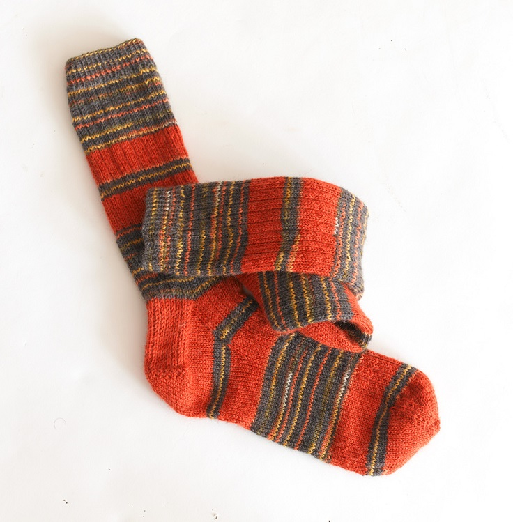 top-10-diy-sock-knitting-patterns_03