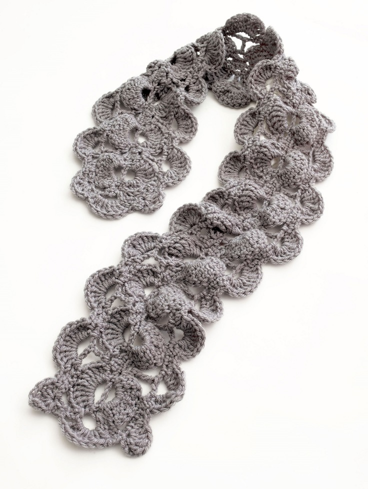 Crochet Stitches Good For Scarves : top-10-diy-warm-and-cozy-crochet-scarfs_01