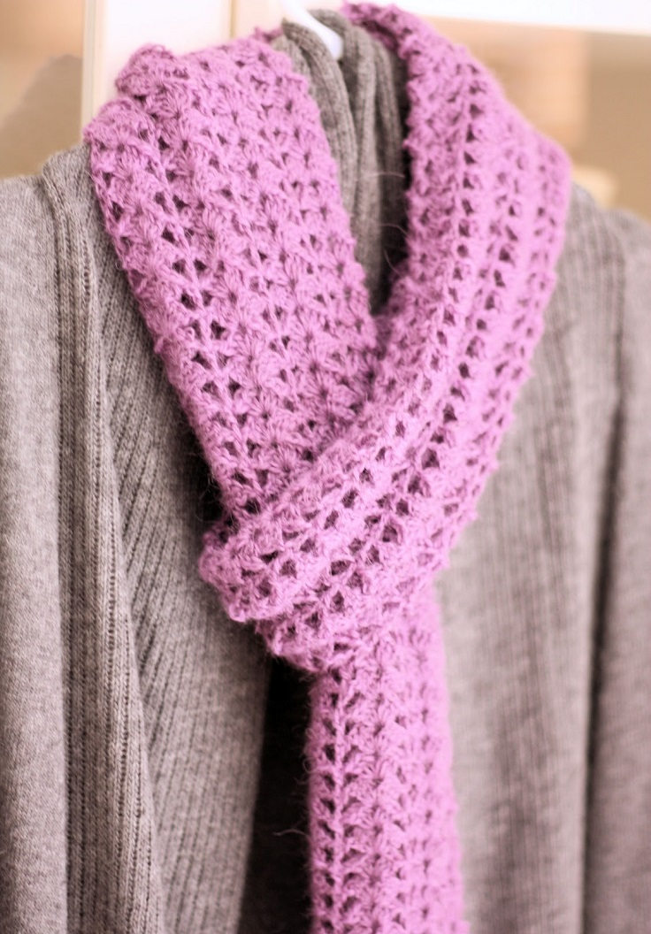 top-10-diy-warm-and-cozy-crochet-scarfs_03