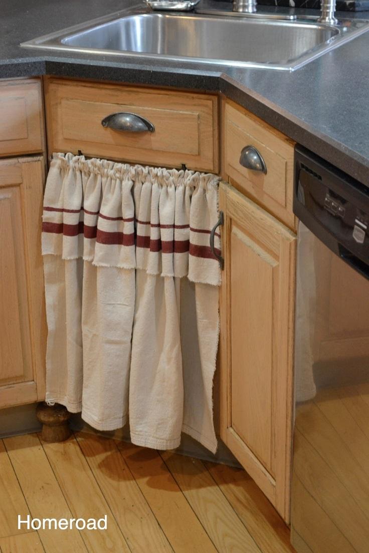 top-10-easy-diy-sink-skirts_10