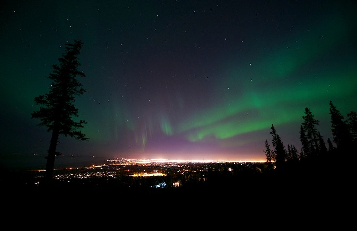 Aurora-Borealis-Anchorage-Alaska-20121012-111-Karpilo
