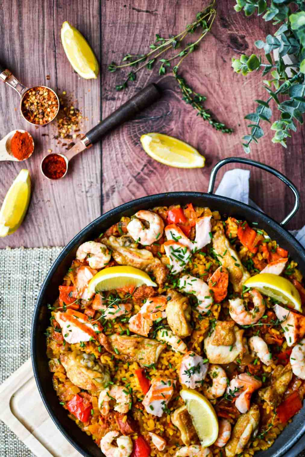 Chicken_fish-paella-2