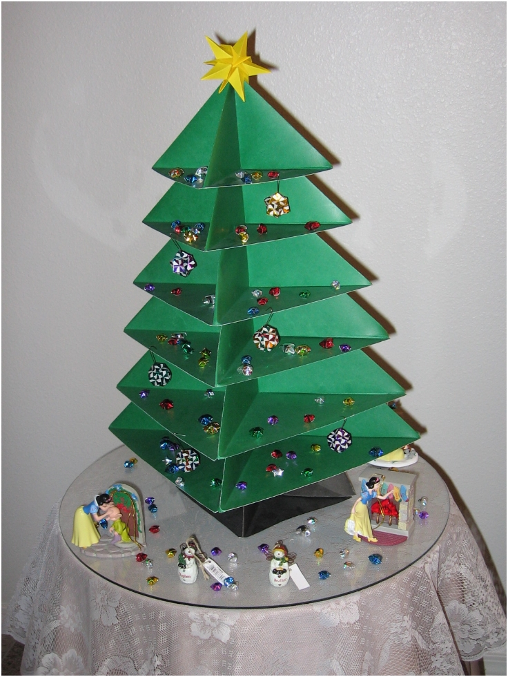 Top 10 DIY Mini Christmas Trees From Paper