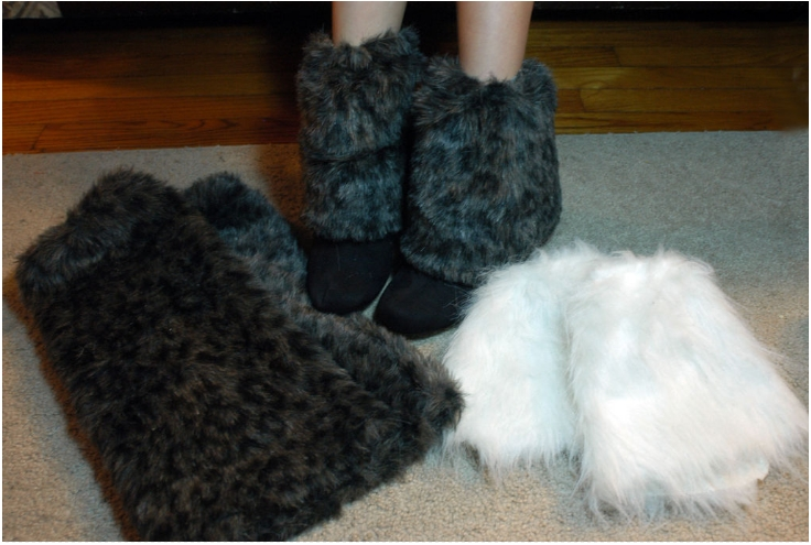 DIY-Boot-Toppers-Faux-Fur-Leg-Warmers