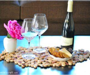 Top 10  DIY Crafts With Wine Corks