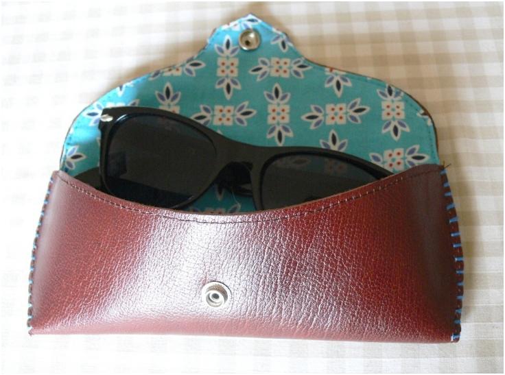 DIY-Sunglasses-Case-Tutorial