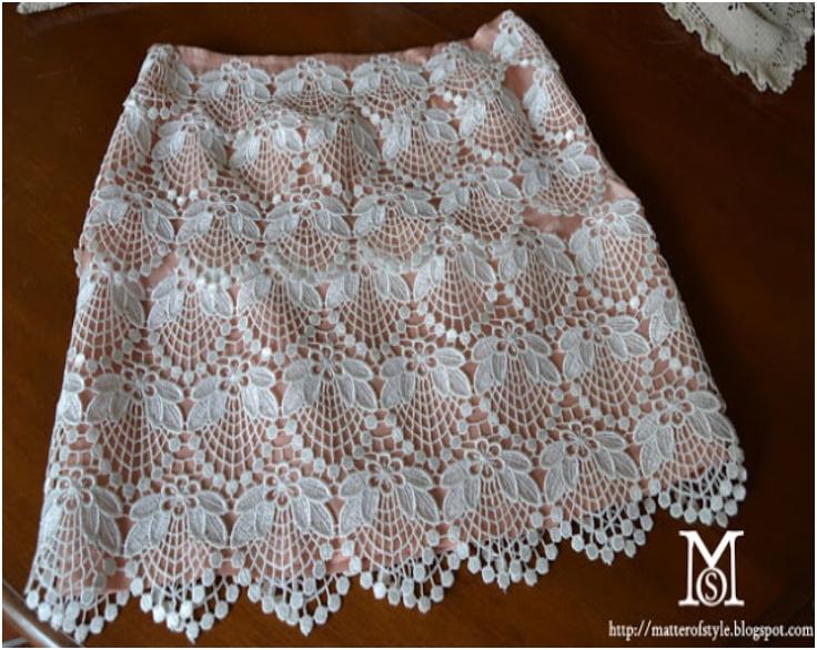 Doily-lace-skirt-DIY