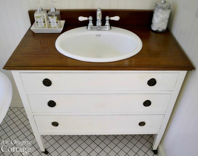 Dresser-vanity-above_650