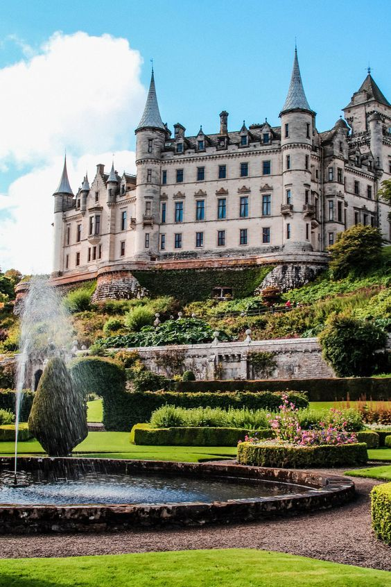 Dunrobin-Castle-Scotland-