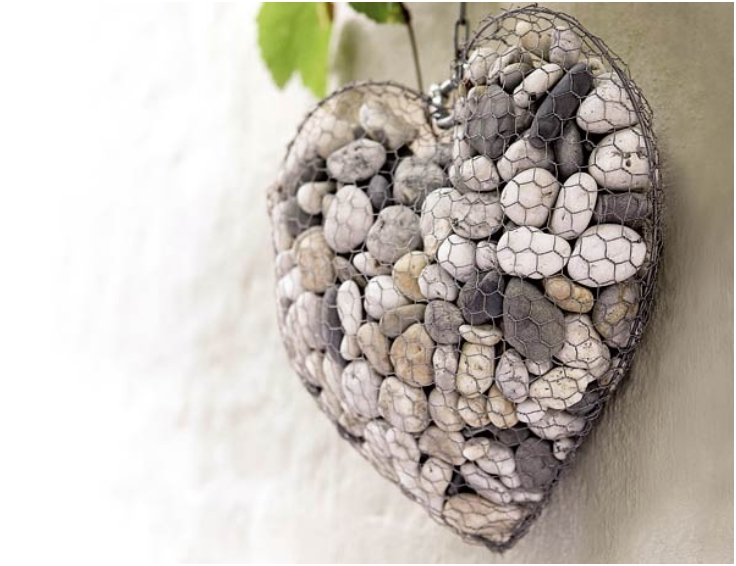 How-to-Make-a-Unique-Stone-Heart