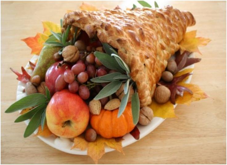 Make-A-Bread-Cornicopia-For-Thanksgiving