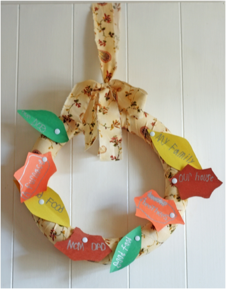 Make-a-15-Minute-Thankful-Wreath-with-the-Kids