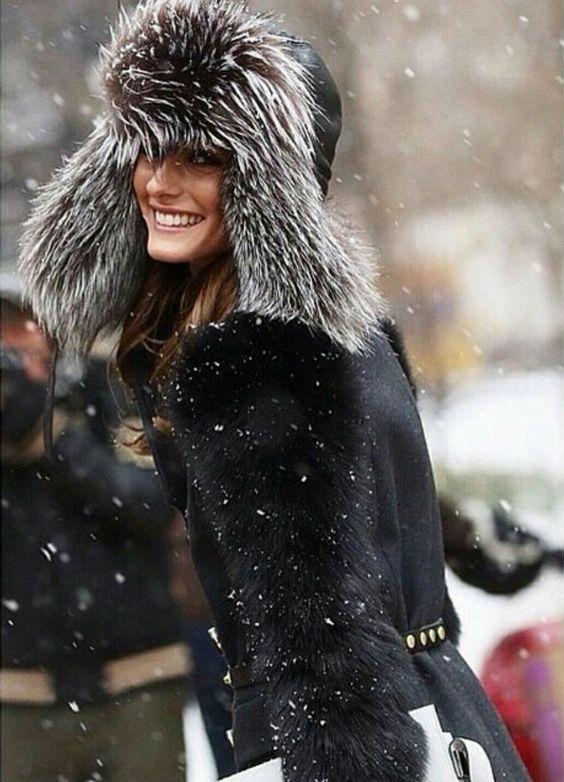 Olivia-Palermo-Winter-Faux-Fur-Hat