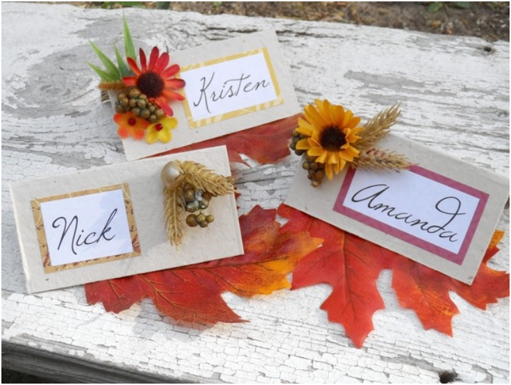 Personalized-place-cards-for-the-holiday-table