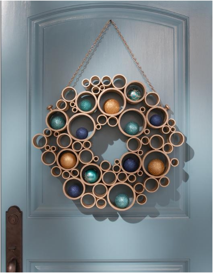 Pretty Hide-And-Seek Wreath