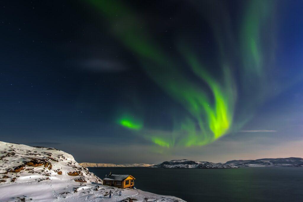 Russia-aurora-lights--1024x683