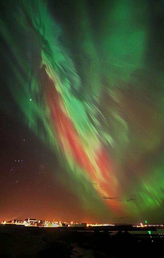 Scotland-aurora-lights-