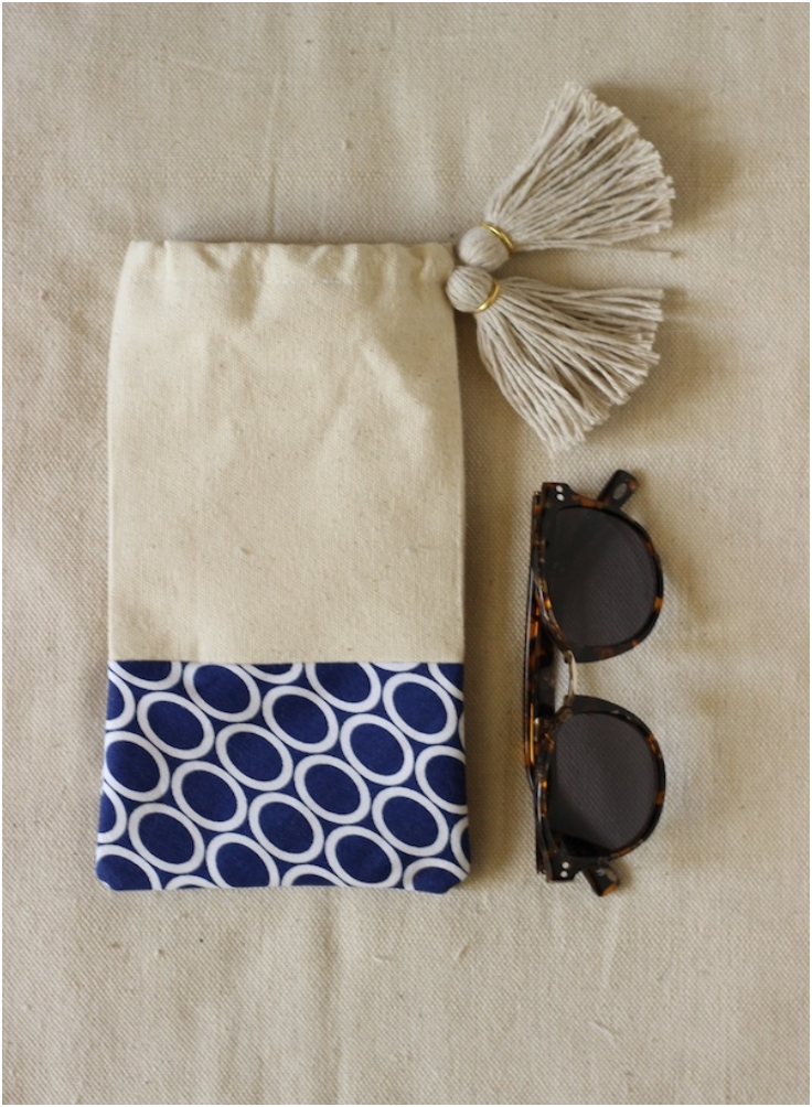 Tasselled-Sunglasses-Pouch